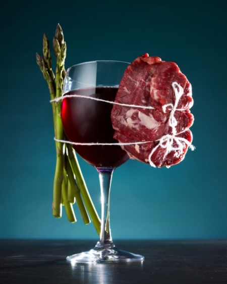 red wine, steak and asparagus