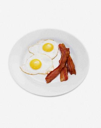breakfast plate, bacon and eggs, sunny side up