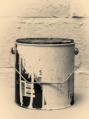 Old Paint Tin