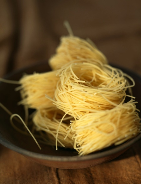 Vermicelli nests
