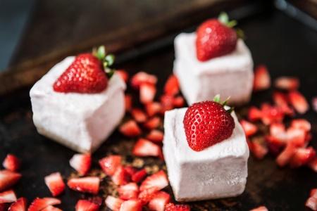 ZC8X5866 Pinkberry Yogurt Indigo jones eats blog