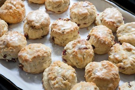 zc8x5976-scones_blog-indigo-jones-eats